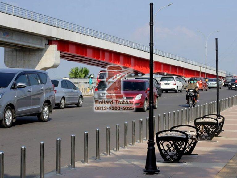 Bollard Stainless Steel Jembatan Ampera