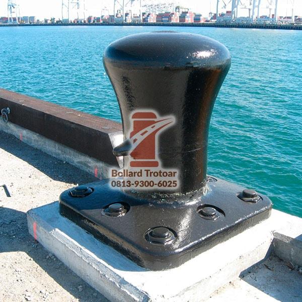Bollard Pelabuhan Dermaga